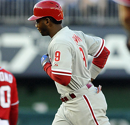 Domonic Brown homers and hits an RBI double for the Phillies in their win over the Nationals. (USATSI)