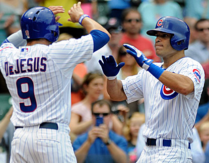Scott Hairston hits a grand slam -- the Cubs' second in two days -- as Chicago extends its winning streak to five games. (USATSI)
