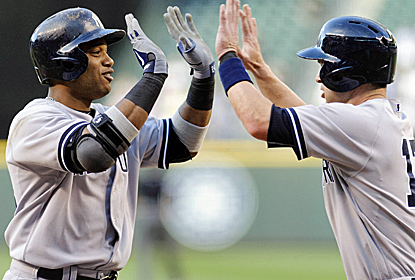 Robinson Cano's three-run blast opens the scoring and opens the floodgates for a six-run third inning.  (USATSI)