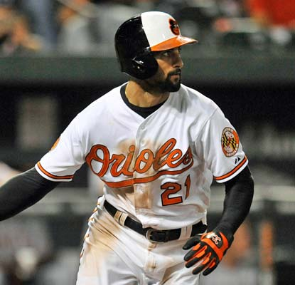 Nick Markakis knocks the decisive two-run single in the seventh inning in Baltimore's win.  (USATSI)