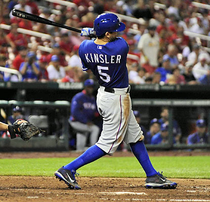 Ian Kinsler, who knocks in the go-ahead run in the seventh inning, helps the Rangers complete a sweep over the Cardinals. (USATSI)