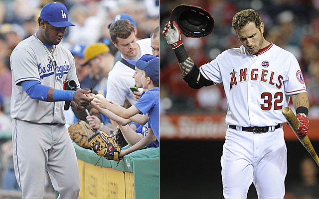 While Hanley Ramirez hands out autographs, Josh Hamilton piles up bad ABs. (USATSI)