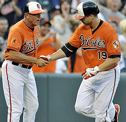 Chris Davis hits two more home runs to up his major league-leading total to 30 as the O's top the Yanks.  (USATSI)