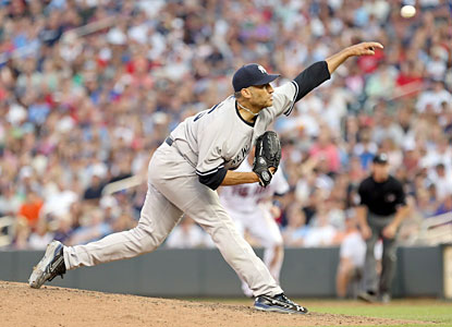 Andy Pettitte passes Yankees great Whitey Ford to become the club's new franchise leader after his 1,958th strikeout. (USATSI)