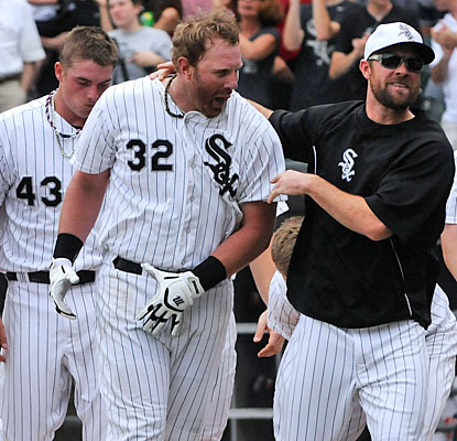 Adam Dunn gives the White Sox and their fans something else to celebrate on the holiday with his home run.  (USATSI)