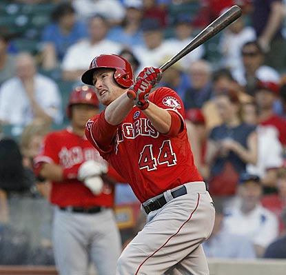 Mark Trumbo cracks a solo home run off Jeff Samardzija to cap the Angels' five-run first inning.  (USATSI)