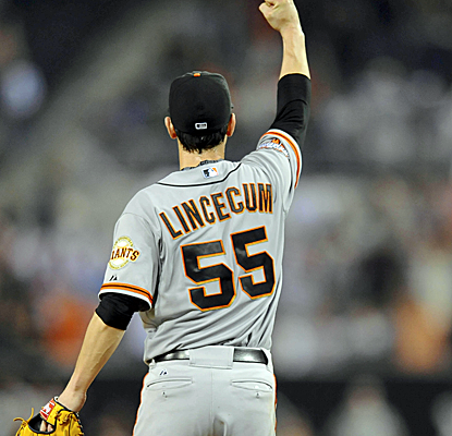 Tim Lincecum reacts to a diving catch by Hunter Pence that helps preserve his no-hitter in San Diego.  (USATSI)