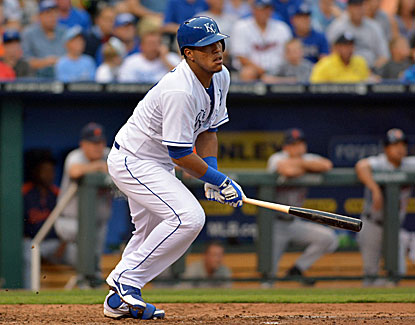 Kansas City's Salvador Perez drives in a run in the first and strokes a two-run double in the third for the Royals. (USATSI)