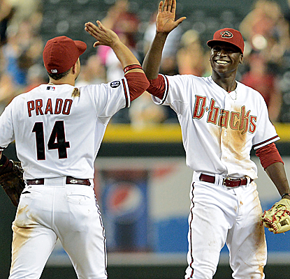 The Diamondbacks explode for 17 hits and 10 runs en route to an easy victory over the visiting Padres.  (USATSI)