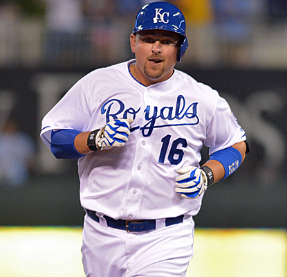 Billy Butler rounds the bases after delivering a home run in the red-hot Royals' victory over Boston.  (USATSI)