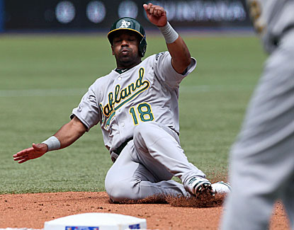 Oakland's Alberto Callaspo hits a tiebreaking two-run double in the eighth inning, his 16th of the season. (USATSI)
