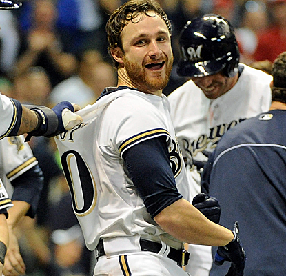 Jonathan Lucroy takes Aroldis Chapman deep in the bottom of the ninth to lift the Brewers over the Reds.  (USATSI)