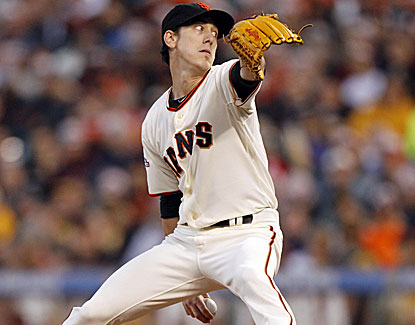 Tim Lincecum pitches into the sixth inning after two rocky starts for his first win in more than two weeks. (USATSI)