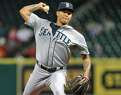 Mariners top prospect Taijuan Walker does not allow an earned run over five innings in his major league debut. (USATSI)