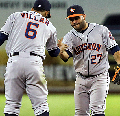 The Astros survive a late Oakland rally to deal the A's a tough loss in their charge to win the AL West.  (USATSI)