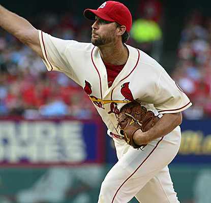 Adam Wainwright allows just two hits in a masterful performance to springboard the Cardinals into first place.  (USATSI)