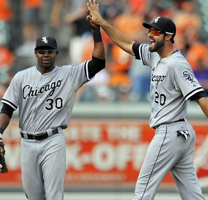 The happy and relieved White Sox snap a nine-game losing streak on their East Coast road trip.  (USATSI)