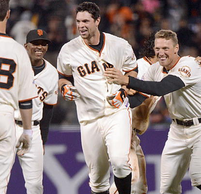 Brandon Belt seals the Giants' comeback effort with a game-winning hit in the 10th inning. (USATSI)