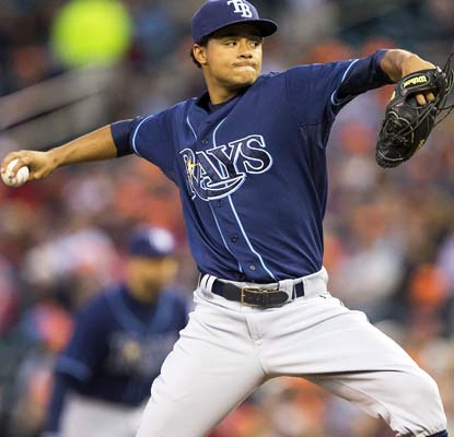 Chris Archer goes six scoreless innings to give the Rays a boost as they try to hold on to the second wild-card spot.   (USATSI)