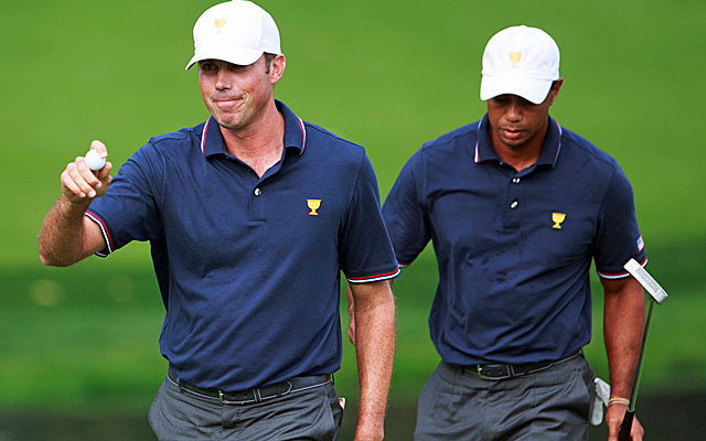 Tiger Woods and Matt Kuchar play well together in their Day 1 win. (USATSI)