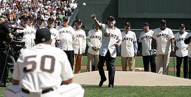 Stu Miller keeps his feet while throwing out a first pitch in SF in 2007. (USATSI)