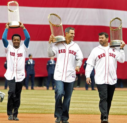The Red Sox remember their 2013 championship with the help of Pedro Martinez, Mike Lowell and Jason Varitek.  (USATSI)