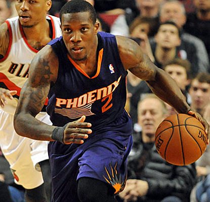 Eric Bledsoe puts up 30 points, and the Suns just refuse to go away with a big victory in Portland.  (USATSI)