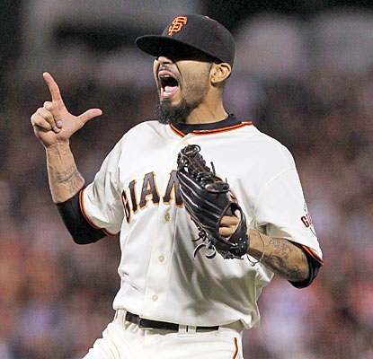 Giants closer Sergio Romo closes the door on the Dodgers for his fourth save on the season. (USATSI)