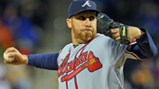 Braves threaten no-hitter