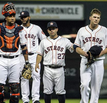 Astros pitcher Paul Clemens is ejected after hitting Jed Lowrie in the seventh inning.  (USATSI)