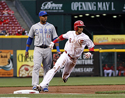 Billy Hamilton reaches base four times and scores two runs to pace the Reds past the Cubs.  (USATSI)