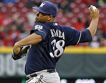 Wily Peralta knocked in the game's only two runs and pitched eight shutout innings in the Brewers' win over the Reds. (USATSI)