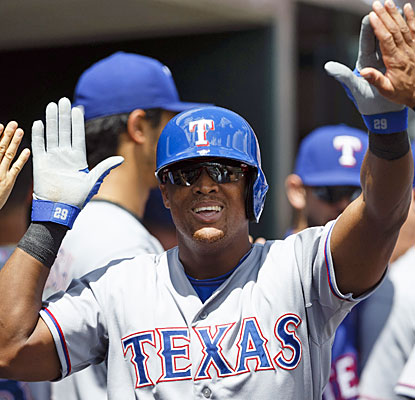 Adrian Beltre contributes to Texas' offensive outburst with two runs scored and a two-run double.  (USATSI)