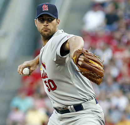 Cardinals ace Adam Wainwright is the first eight-game winner in the NL as he makes the Reds his latest victim. (USATSI)