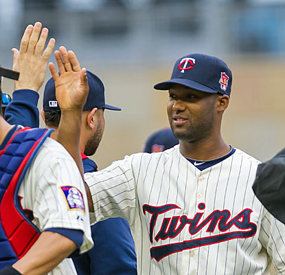 Twins rookie Danny Santana finishes 4 of 5 from the plate and drives in five runs in the blowout.  (USATSI)