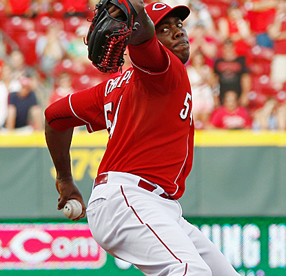 Aroldis Chapman picks up his eighth save as the Reds defeat the Phillies to end their 3-game skid.  (USATSI)