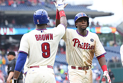 Domonic Brown and John Mayberry Jr. combine for four RBI, and Philly wins three straight for the first time in a month. (USATSI)