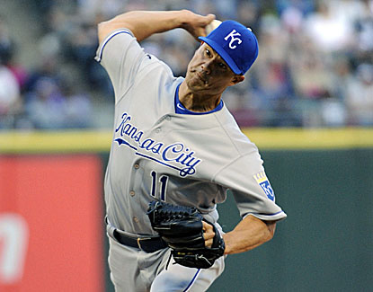 Royals starter Jeremy Guthrie slows down the White Sox to earn his first victory since April 9. (USATSI)