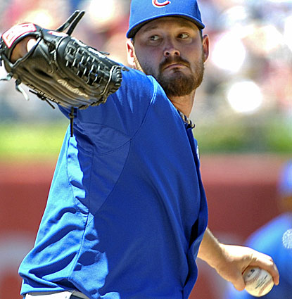 Chicago's Travis Wood gives up three hits in eight innings while striking out six and walking three. (USATSI)