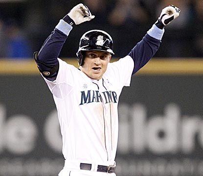 Kyle Seager celebrates his fourth hit -- an RBI double that pushes Seattle's lead to 3-1 in the eighth inning.  (USATSI)
