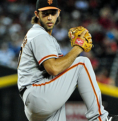 Madison Bumgarner is outstanding against the Diamondbacks, pitching into the 9th while giving up just two hits. (USATSI)