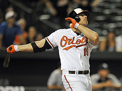 In a rare pinch-hitting appearance, Chris Davis cracks a three-run homer to give Baltimore a dramatic victory.  (USATSI)
