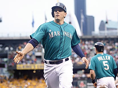 After a rough start to his Mariners career, Logan Morrison busts out in a big way Monday night (4 for 4, 2 HRs).  (USATSI)