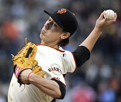 The Giants' Tim Lincecum, who continues his dominance on the mound, makes it 17 consecutive shutout innings. (USATSI)