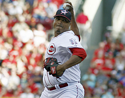 Alfredo Simon gets his 11th win of the season to move into a tie for the National League lead. (USATSI)