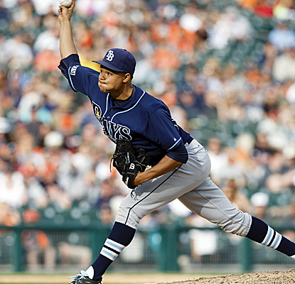 Chris Archer takes his outing into the ninth before being removed with a six-hitter in Detroit.  (USATSI)