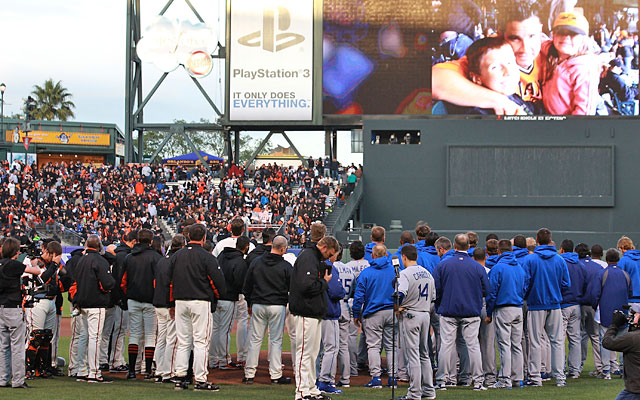 The Giants and Dodgers honored beating victim Bryan Stow a week after he was attacked.(Getty Images)