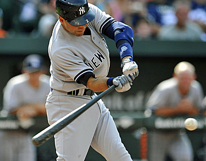 Derek Jeter contributes two hits for the Yankees, who move within four games of the first-place Orioles. (USATSI)