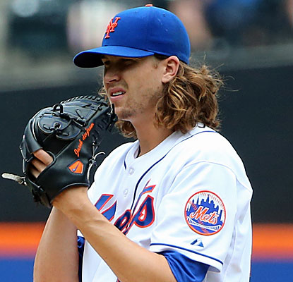 Jacob deGrom strikes out eight en route to his third win and a Mets sweep.  (USATSI)