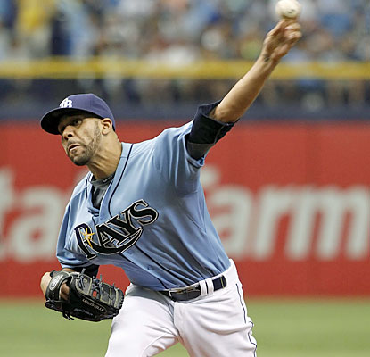 David Price (9-7) doesn't let a stomach bug deny him from winning his fourth straight start. (USATSI)